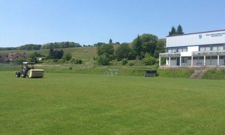 Ein Sportplatz entsteht – Teil 3: Der Rasenplatz