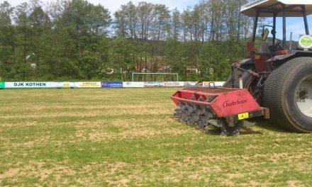 Pflegemaßnahmen für Ihren Sportplatz – Teil 2: Sanden des Platzes