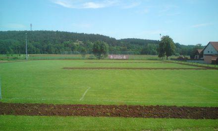 Welche Maße hat ein Fußballfeld?